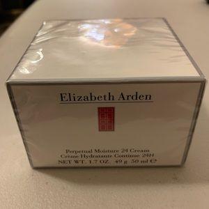 NWT Elizabeth Arden Moisturizer